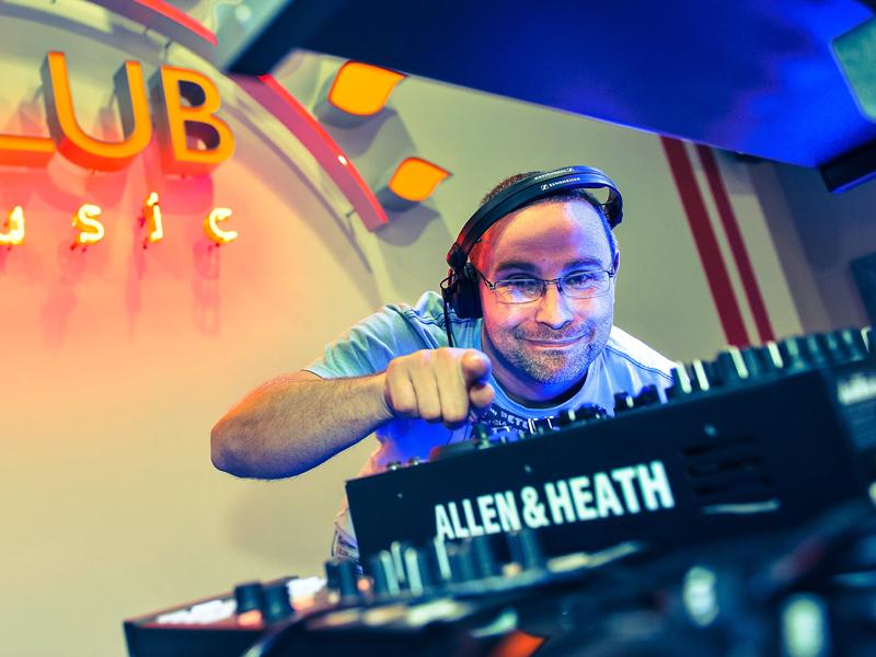DJ Kryzys